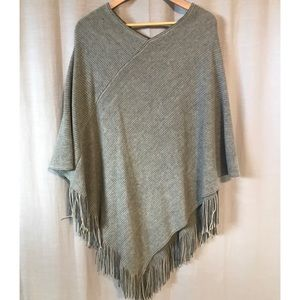 Steve Madden One Size Brown Cape